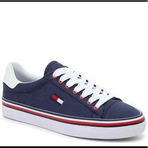Tommy Hilfiger Navy Blue Sneakers Size 8 NWT